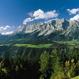 Bergpanorama-Schladming-