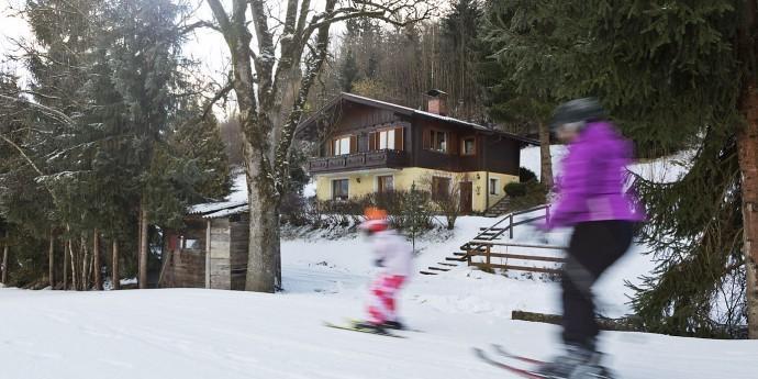 Vom Ferienhaus direkt auf die Skipiste