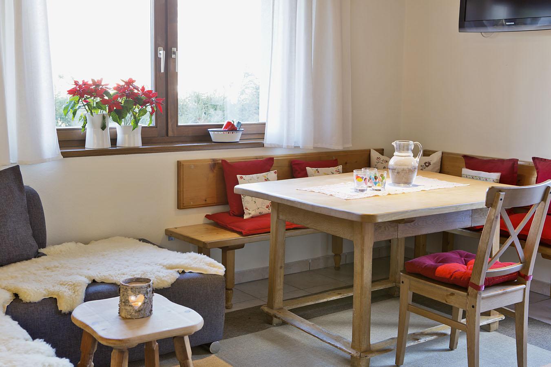 Gemutliche Wohnkuche Haus 5 Ferienhauser Gerhartferienhauser Gerhart